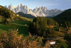 رشته کوهای شرقی آلپ در شمال ایتالیا